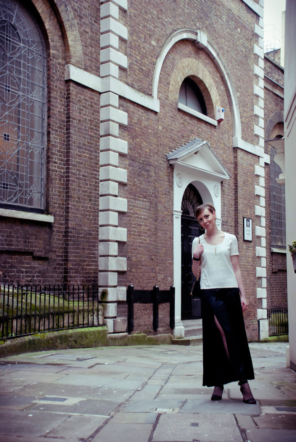 Edita in Stella McCartney trousers, Sonia Rykiel top, Chanel bag and Walter Steiger shoes, JR cuff 2