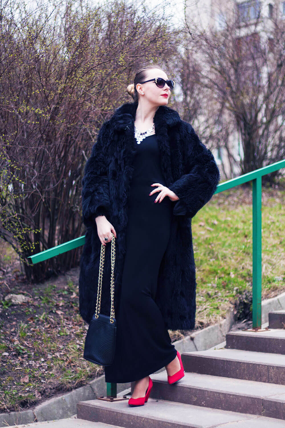 Edita in Vintage coat and bag, Kain dress, M&S shoes, H&M sunnies, and ASOS necklace 4