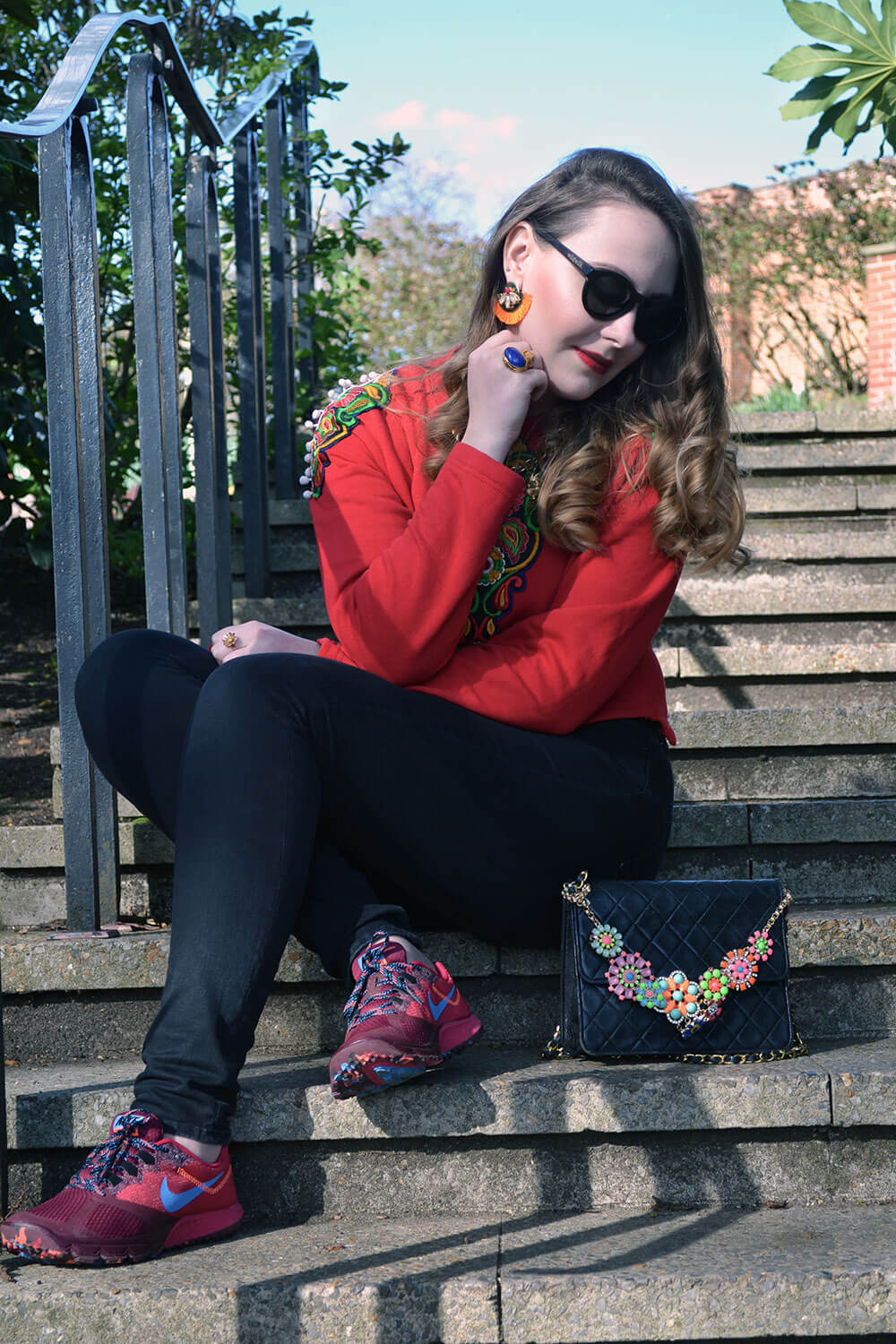 Edita in HM jeans, wudwuk sunglasses, Nike trainers, Chanel bag, RosaRed bag accessory, top from Brick Lane 1