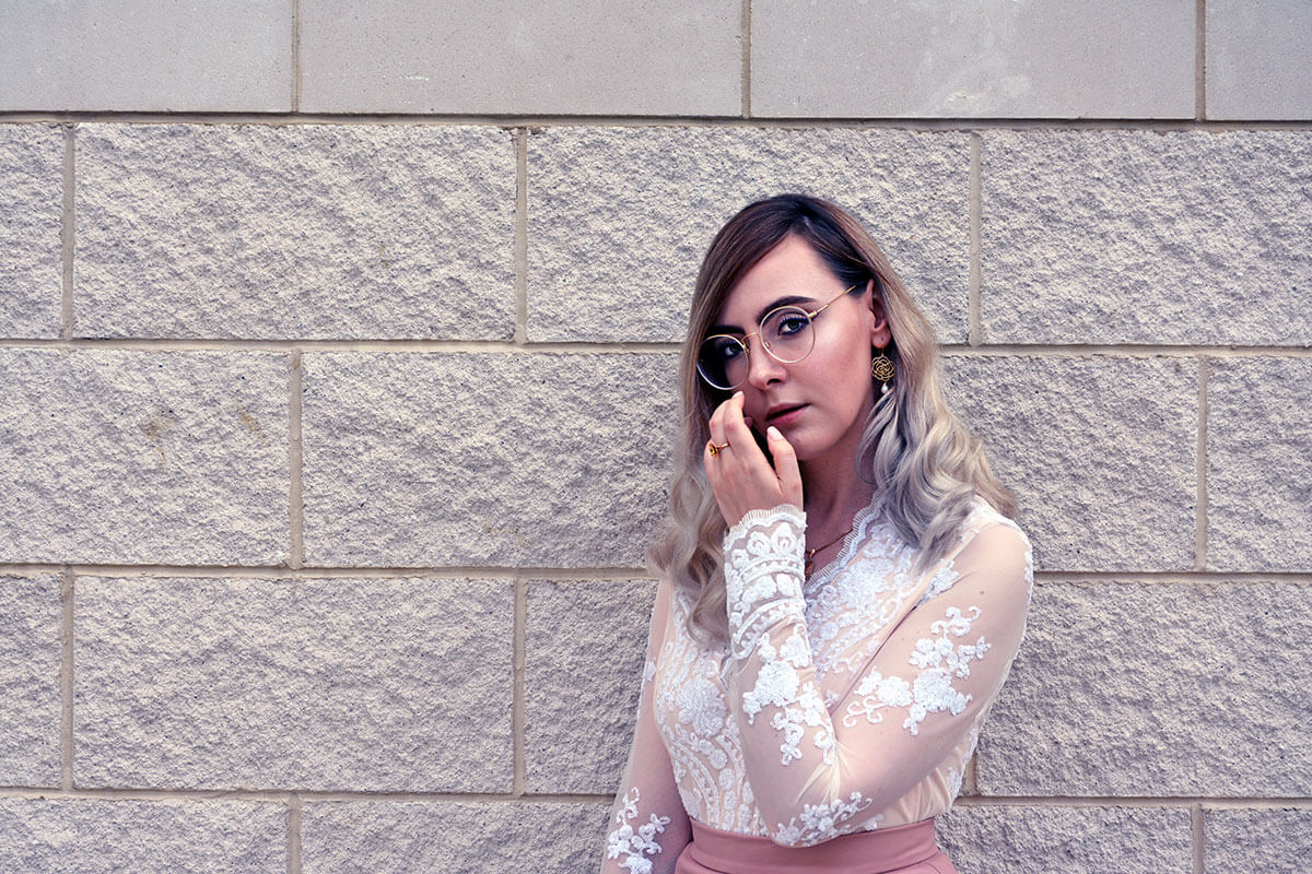 Rose gold inspired fashion look