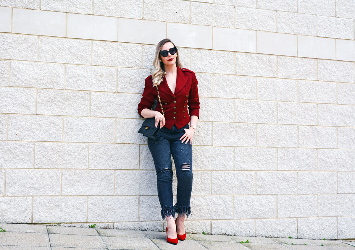 fashion blogger red blazer