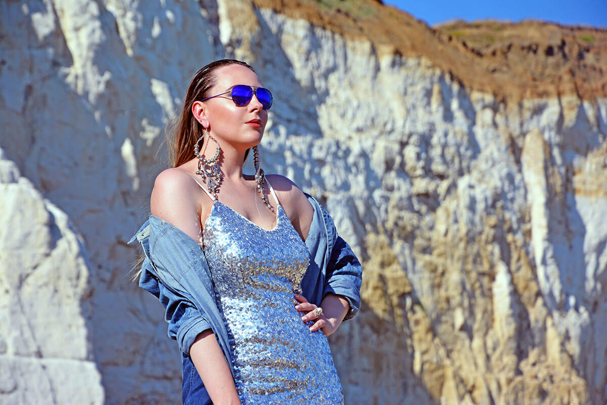 Fashion Blogger Sequin Dress Influencer